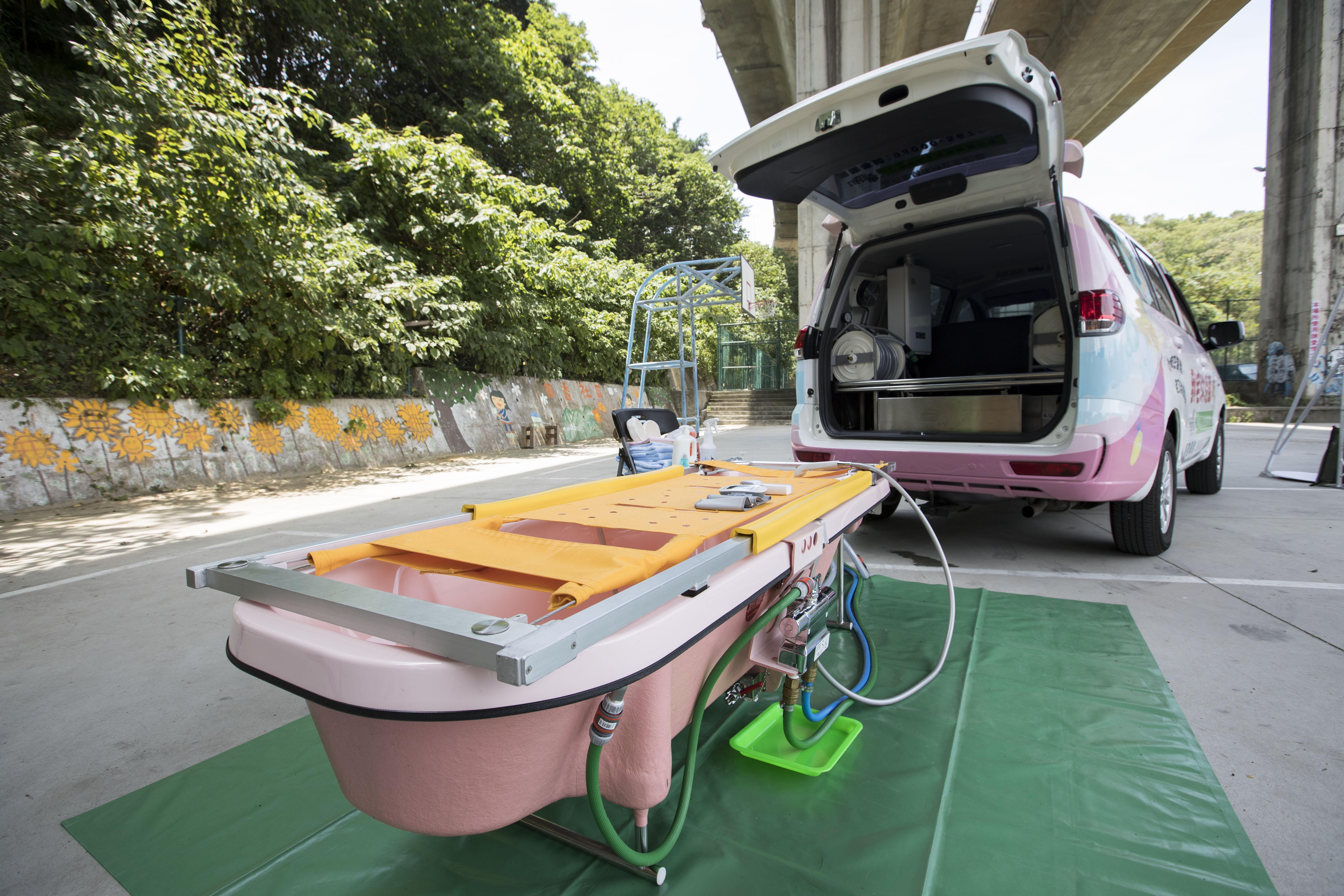 新竹市到宅沐浴車